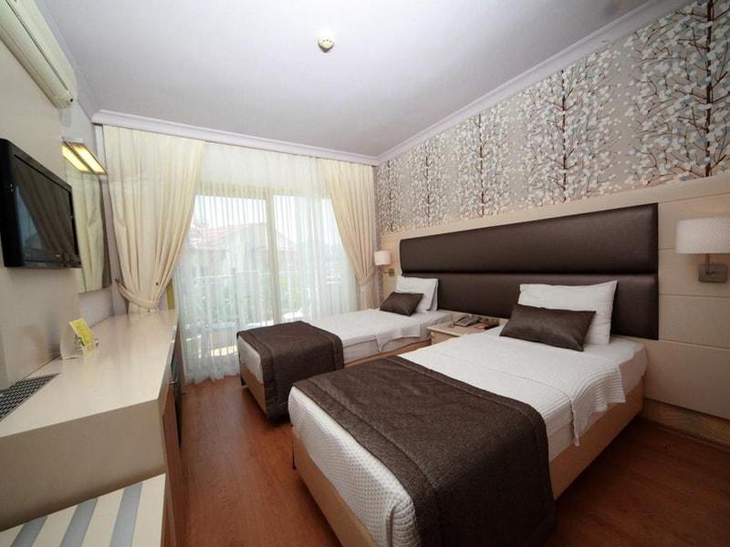 Grand Faros Hotel (14)