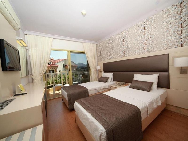 Grand Faros Hotel (16)