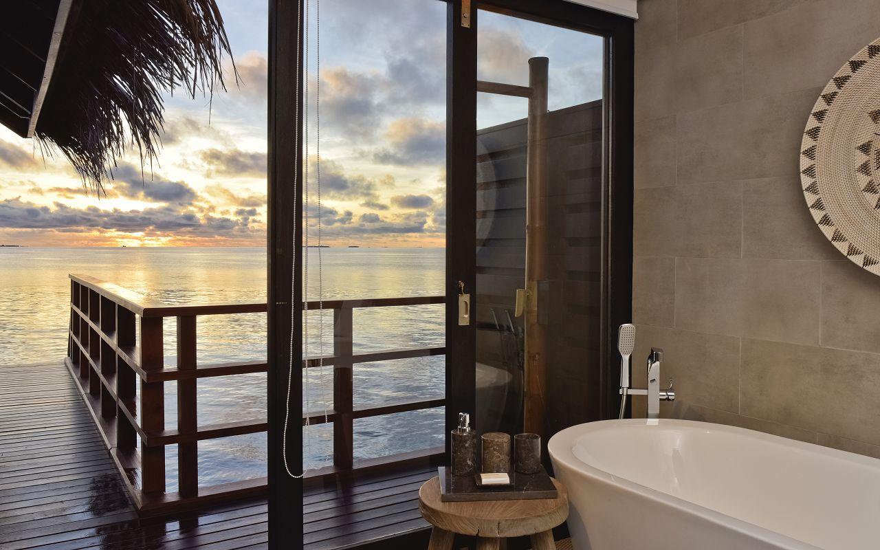Ocean Pool Water Villa (5)