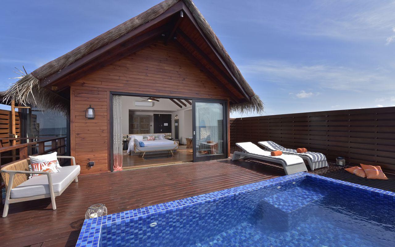 Ocean Pool Water Villa (6)