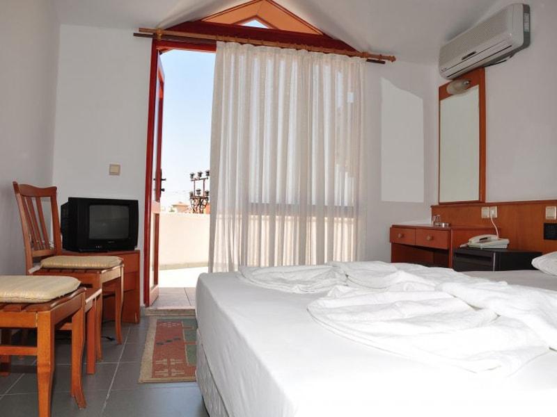 Orfeus Hotel (1)