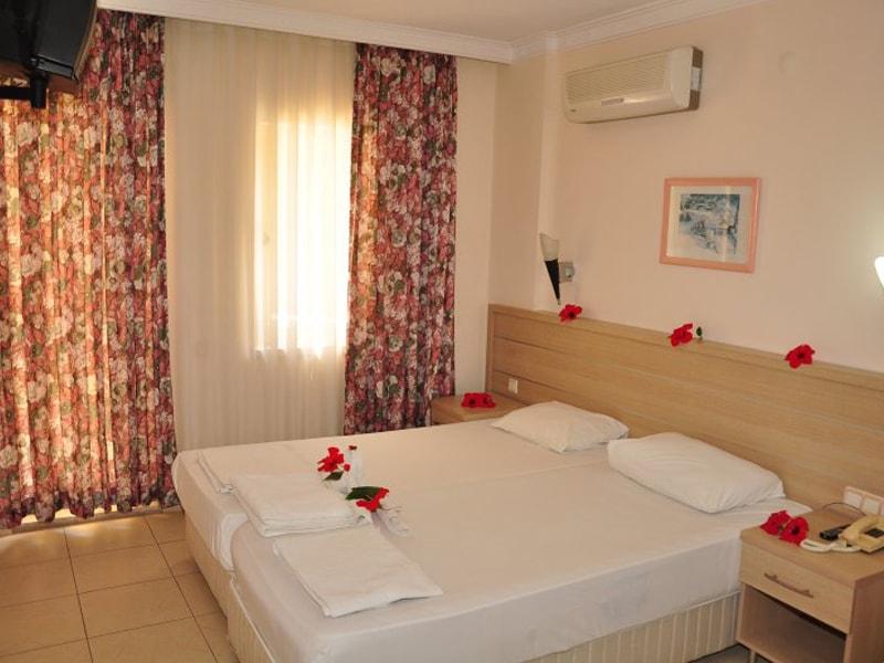 Orfeus Hotel (8)