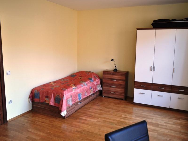 River Apartments (10)