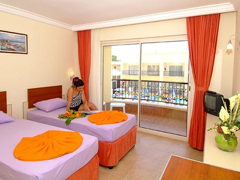 Sayanora Hotel (16)