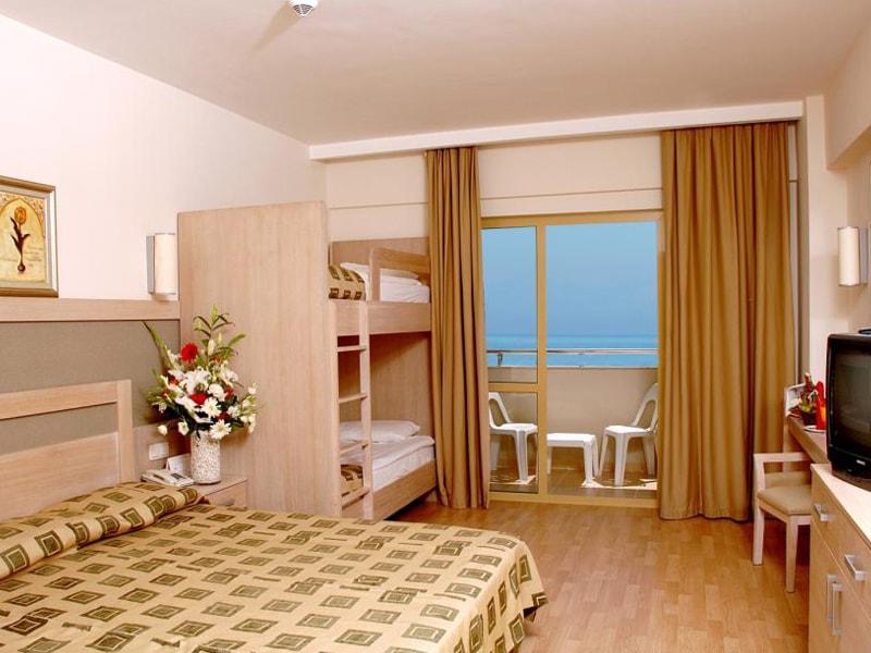 Side Breeze Hotel (11)