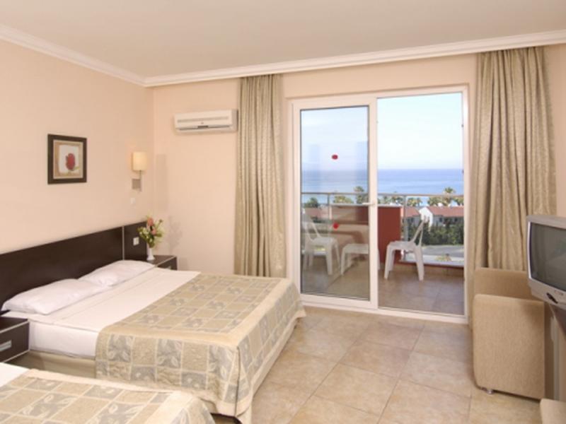 Standard Room Sea View 3