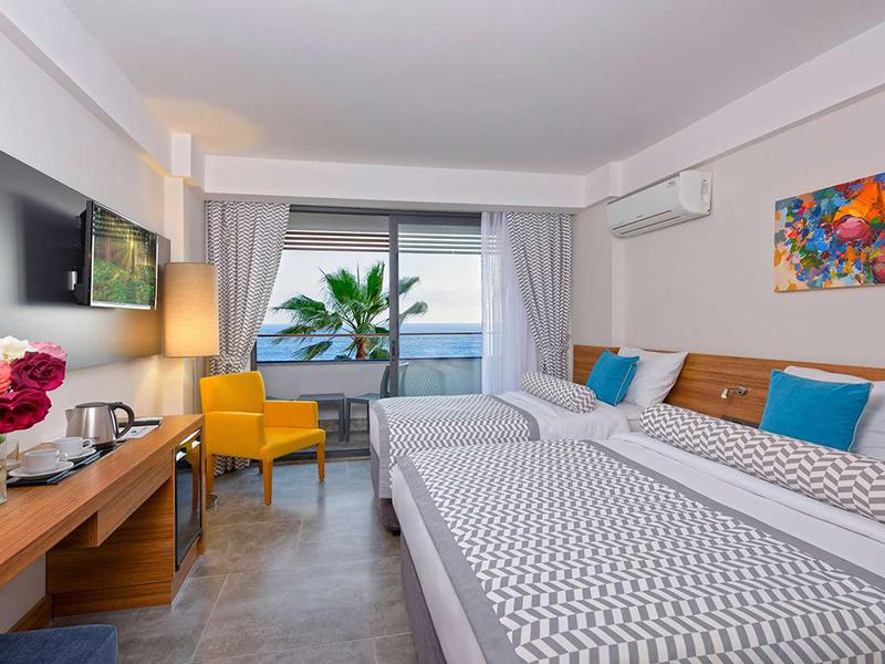 Standard Room Side Sea View
