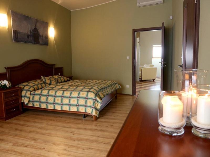 Thalia Apartments (13)