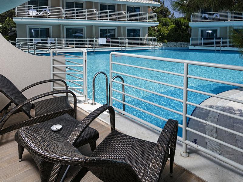 Titanic_Beach_Lara_Anex_Standard_Pool_Room_7
