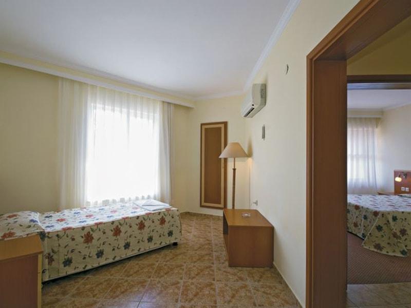 Venus Hotel (17)