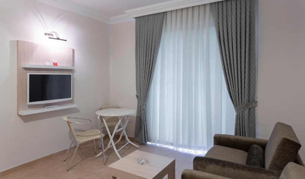 Villa Sun Flower Suite & Spa (10)