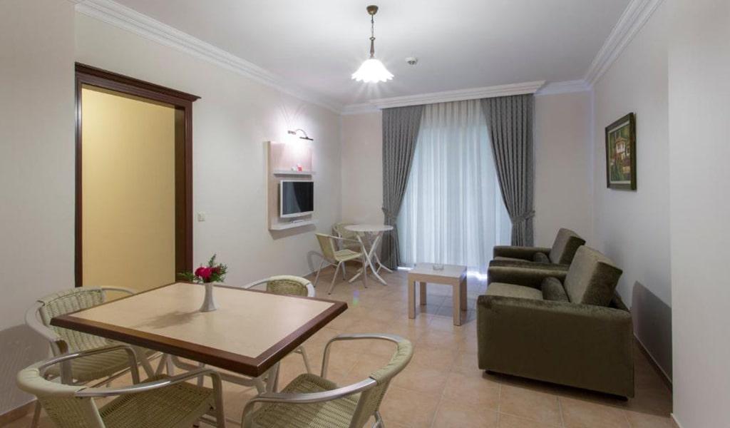 Villa Sun Flower Suite & Spa (11)