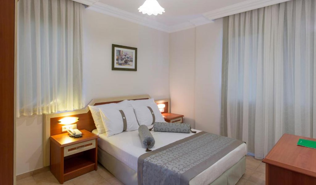Villa Sun Flower Suite & Spa (12)