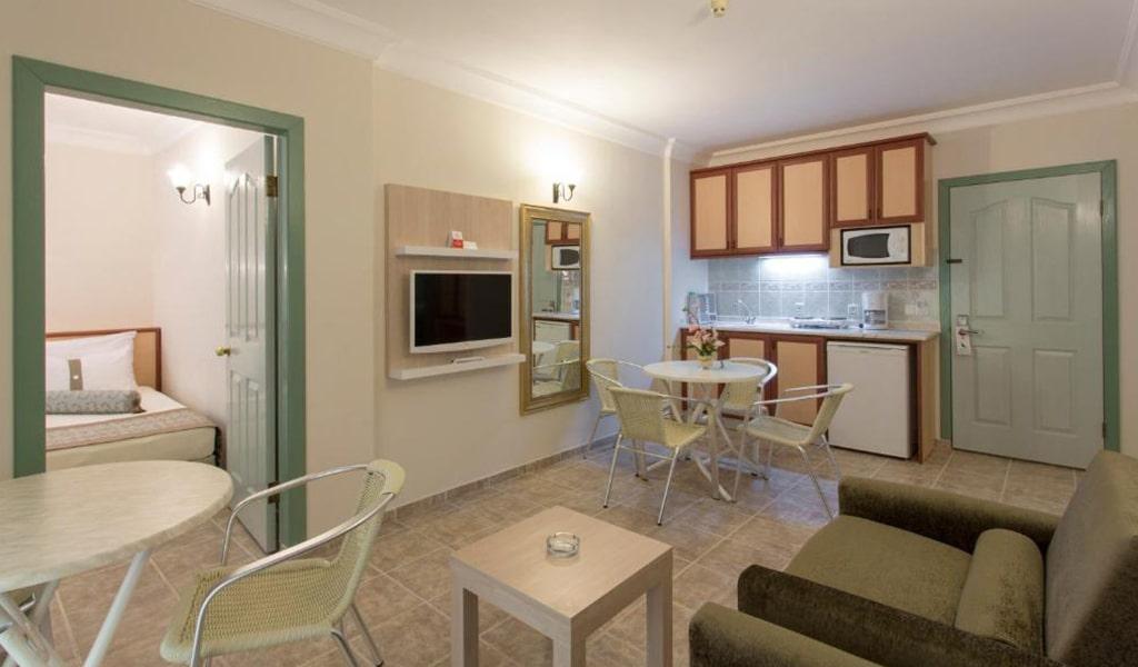 Villa Sun Flower Suite & Spa (13)