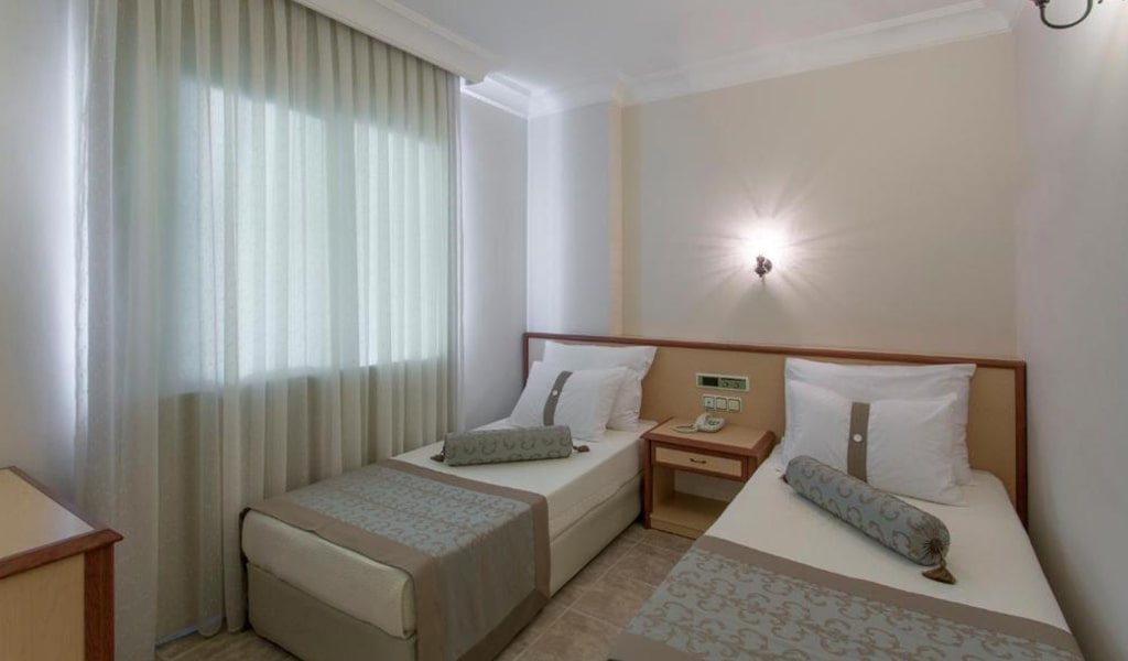 Villa Sun Flower Suite & Spa (14)