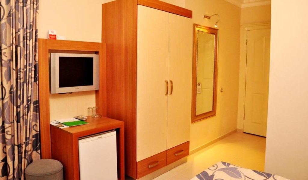 Villa Sun Flower Suite & Spa (4)