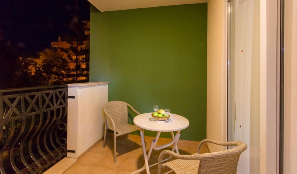 Villa Sun Flower Suite & Spa (7)
