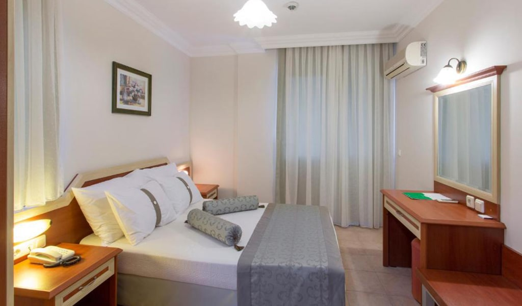 Villa Sun Flower Suite & Spa (9)