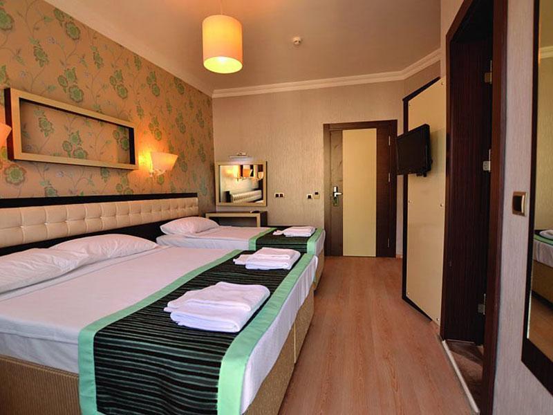4Synosee Hotel (EX. Villa Diana) (1)