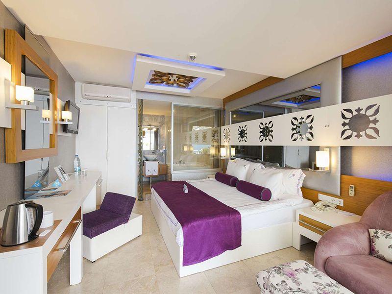 Cabana Room (Teras)3