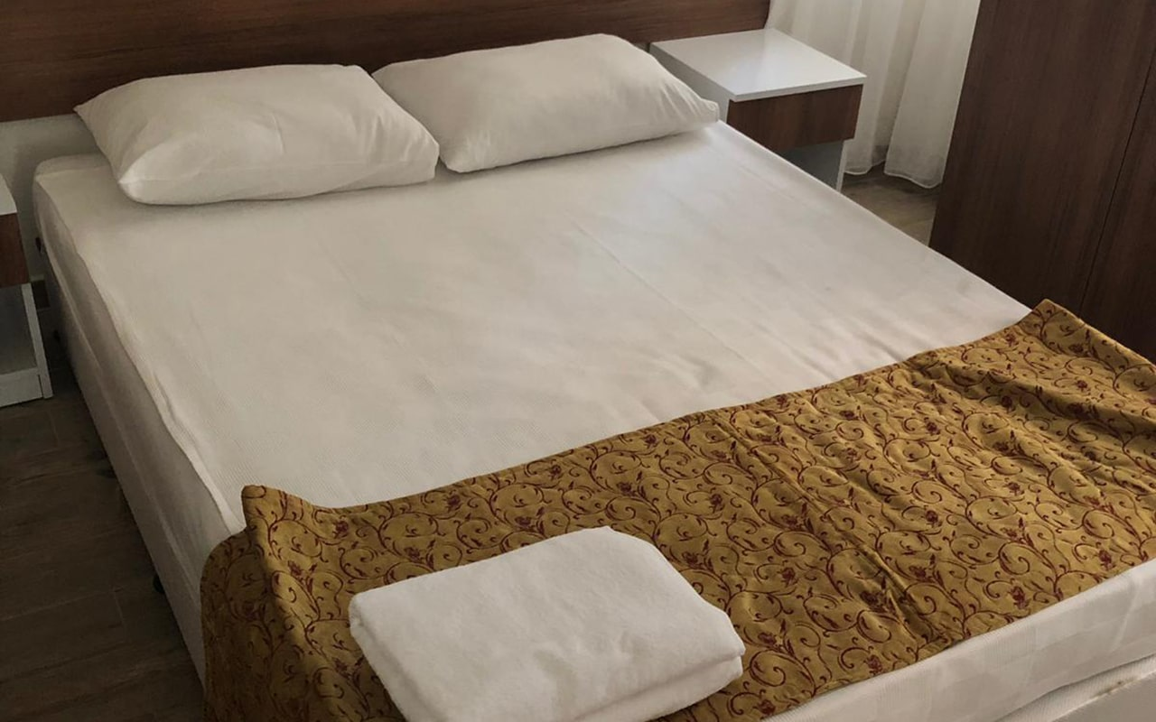 Economy Room5-min