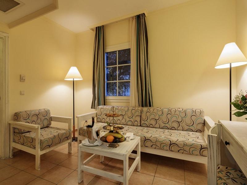 Euphoria Palm Beach Resort (24)