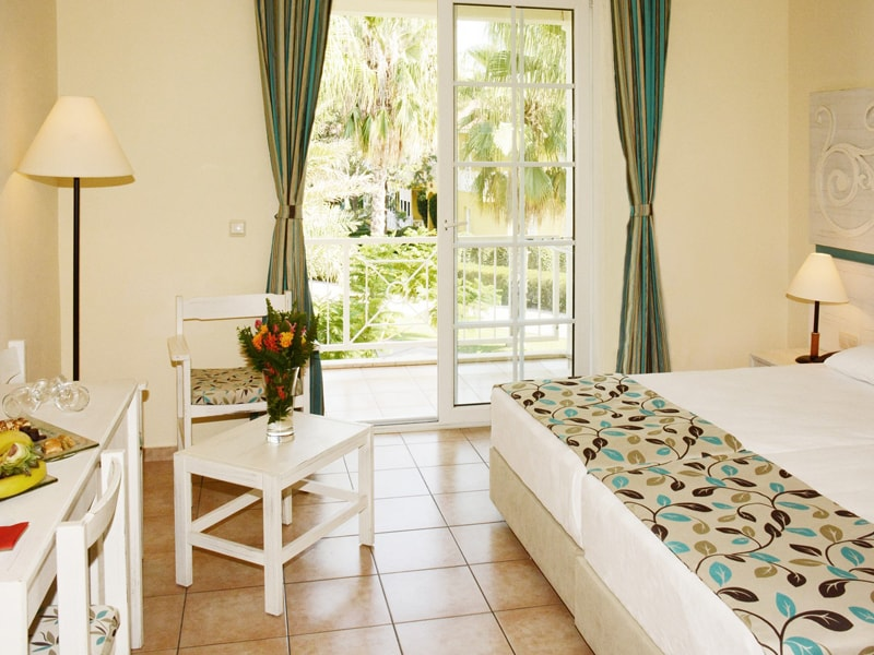 Euphoria Palm Beach Resort (25)