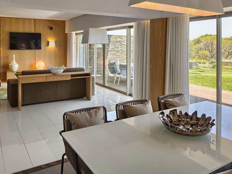 Grand Deluxe Garden Duplex Suite5