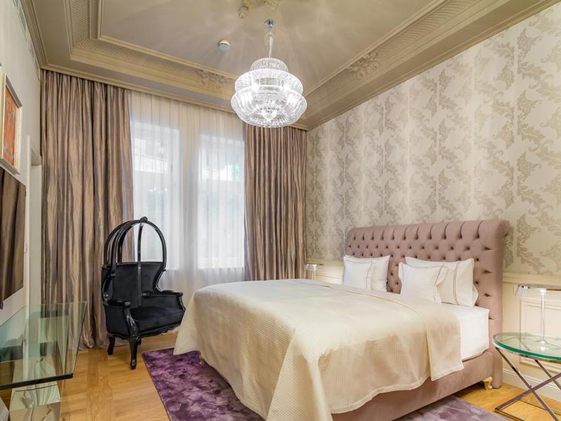 One-Bedroom Apartment9