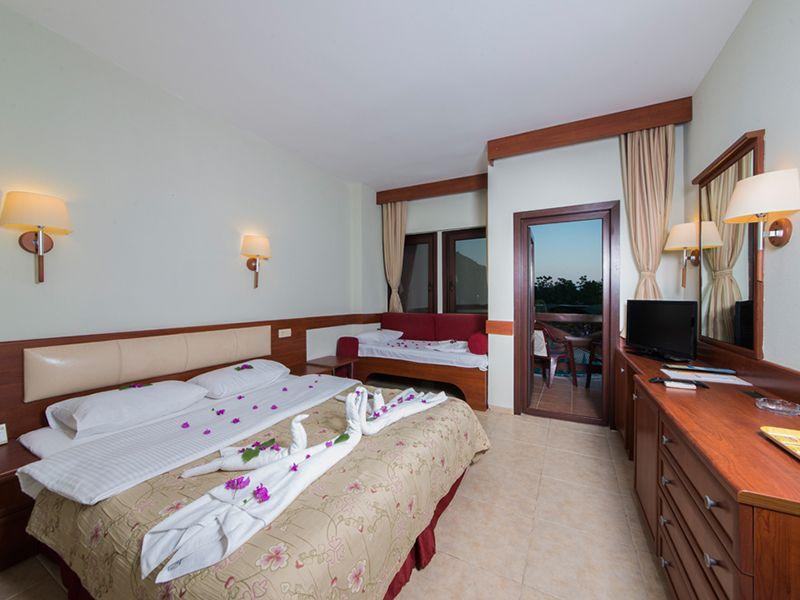Standard Room2