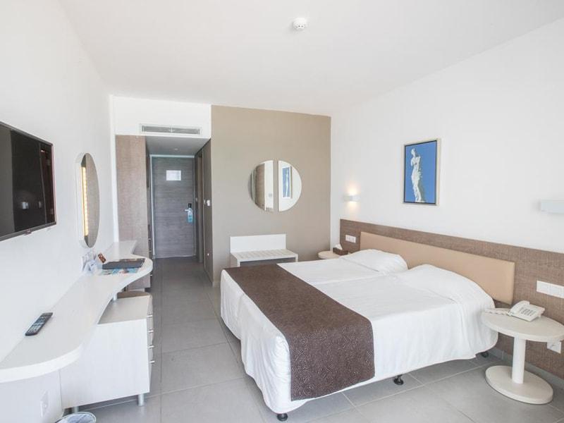 Vassos Nissi Plage Hotel (24)