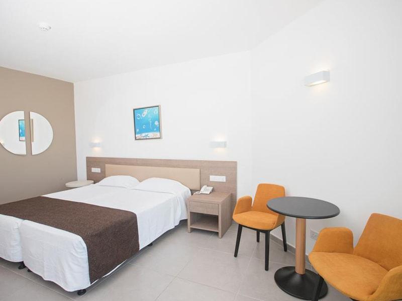 Vassos Nissi Plage Hotel (27)