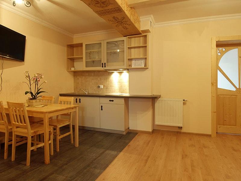 Dawidek Apartment (17)