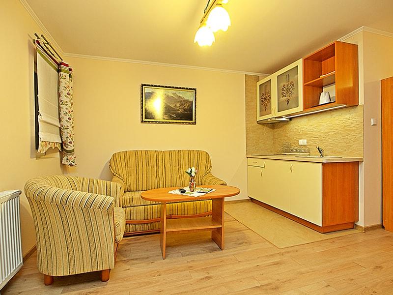 Dawidek Apartment (38)