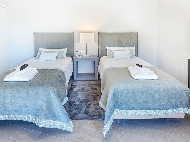 3 Bedroom Apartment4