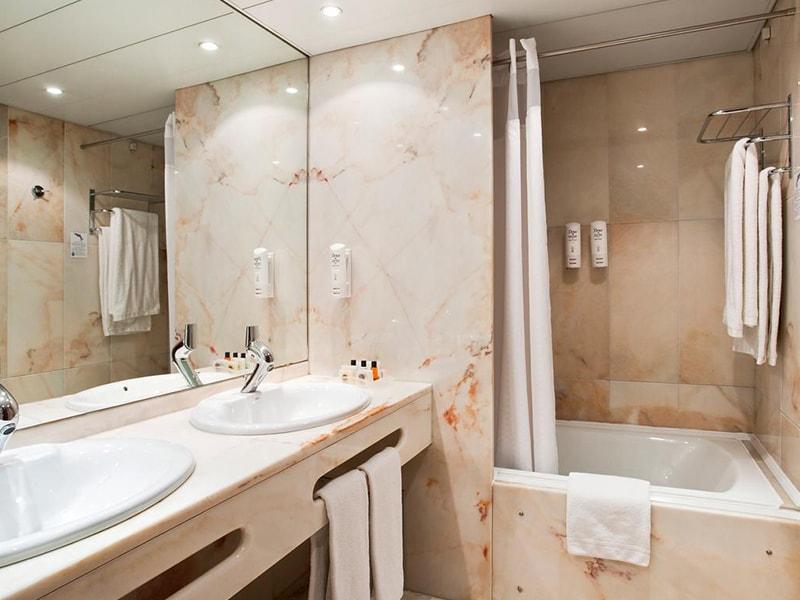 Holiday Inn Lisbon - Continental (30)