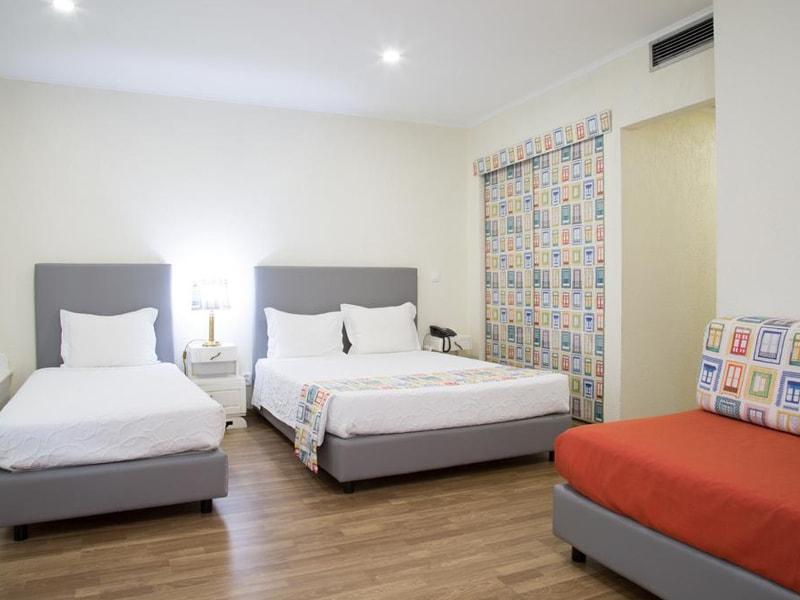 Hotel A (28)
