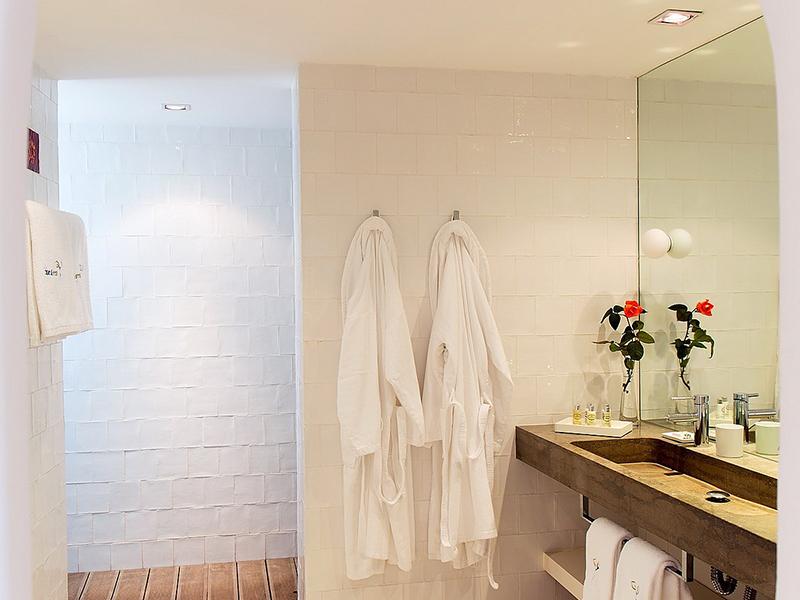 Suite One Bedroom3