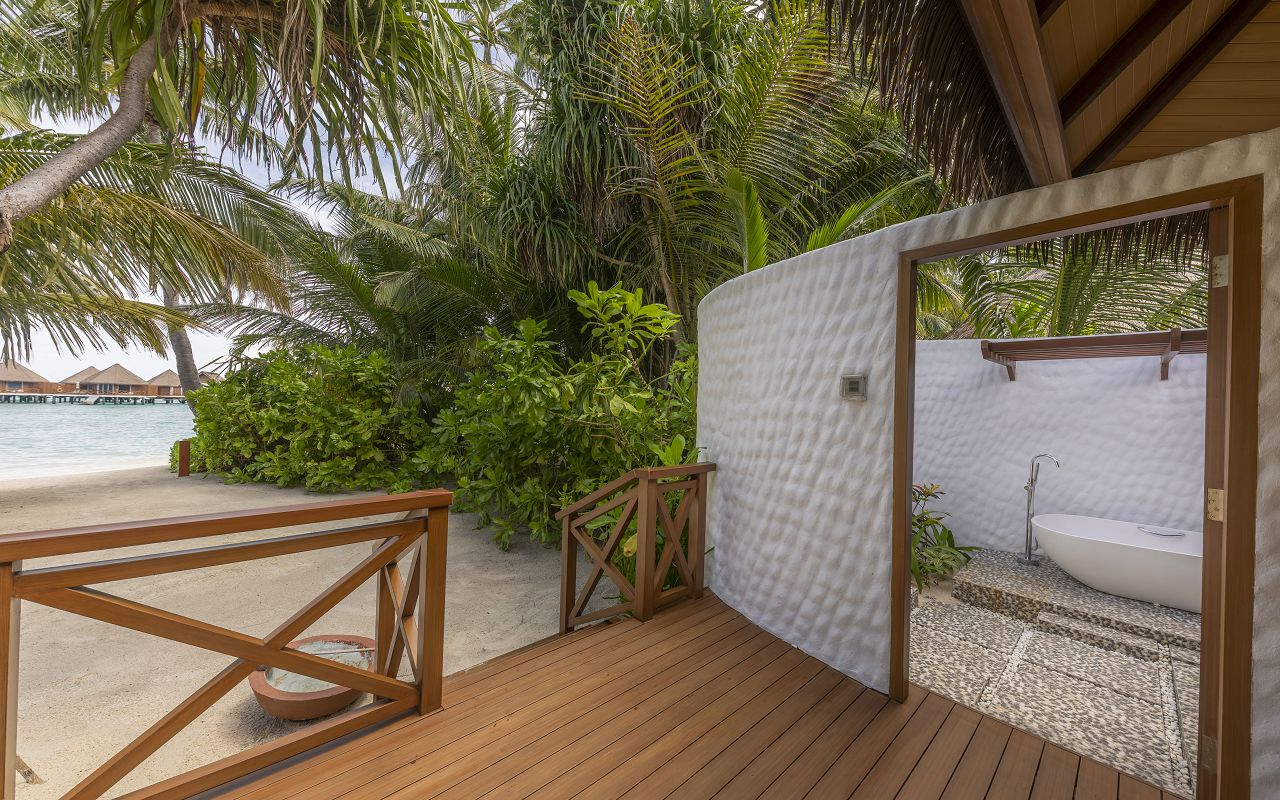3_Beach Villa_OceanView