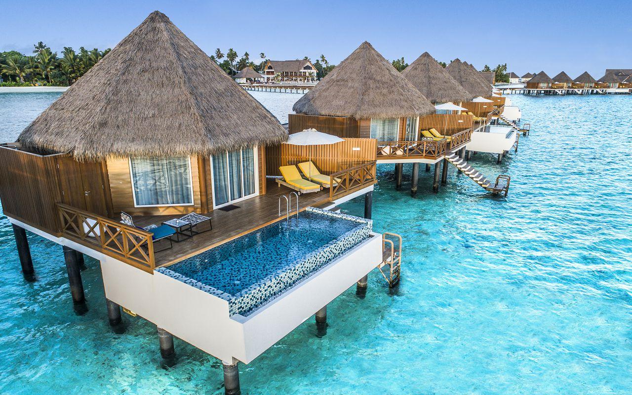 5_Overwater Sunset Pool Villa_OceanView