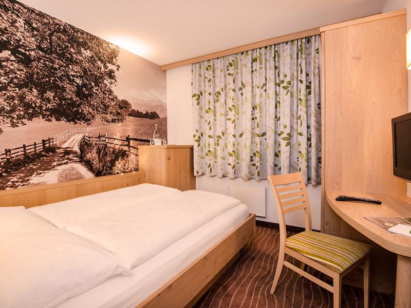Double Room Economy3
