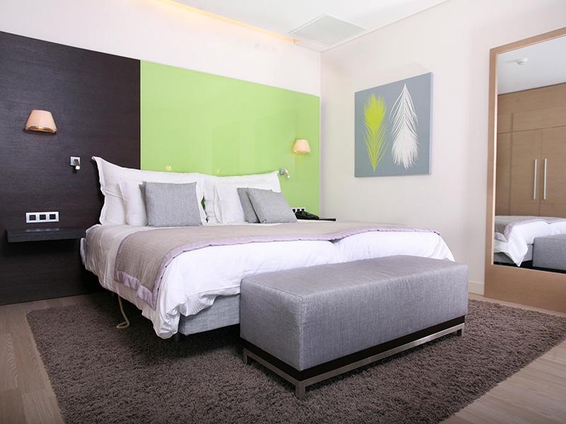 JUNIOR SUITE TWIN BEDS NONSMOKING
