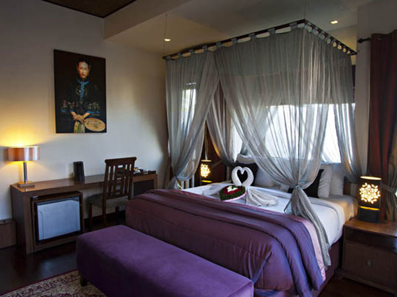 1-bedroom-jacuzzi-suite-09