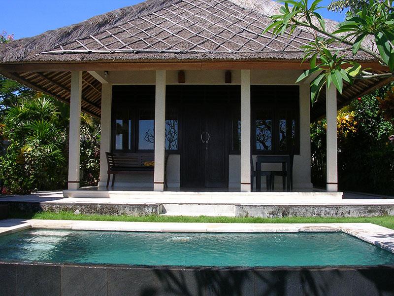 1br-ocean-front-honeymoon-villa1
