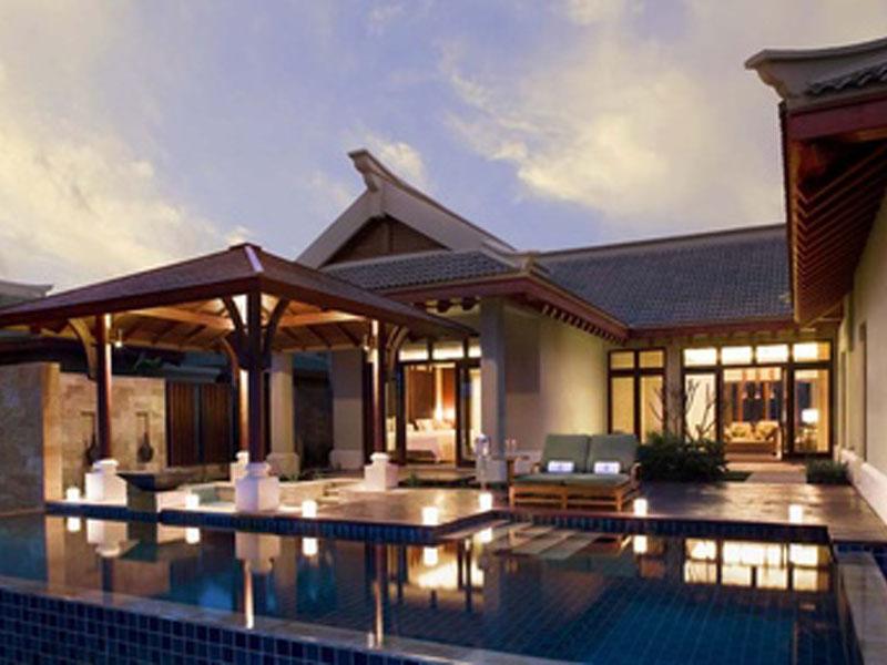 377x257-pool-villa---night-(sky-2).303