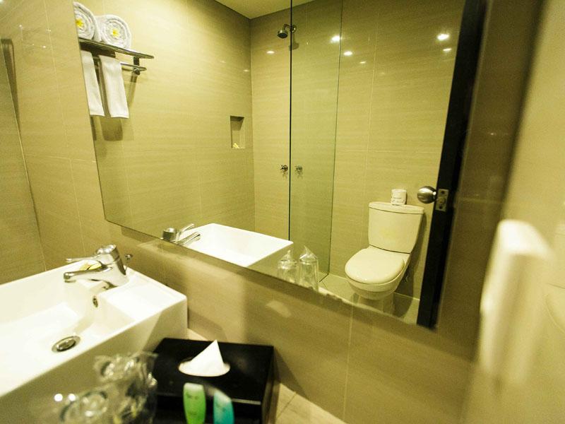 Bathroom-No-Bath-up