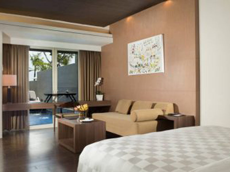 Beach-Front-Private-Suite-470x250