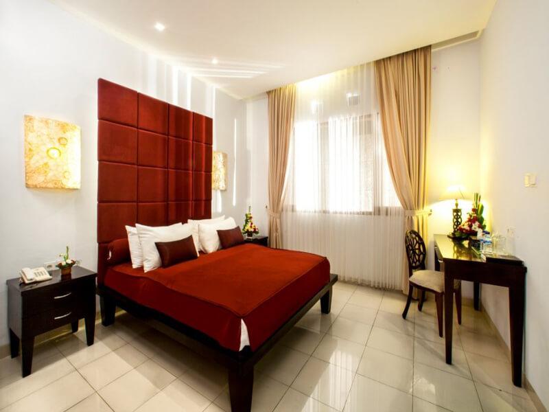 Family-Suite-1st-Bedroom-Medium-1030x680