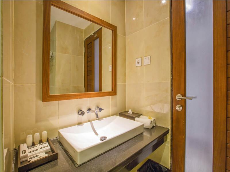 Grand Lavillais Hotel - Bathroom 2