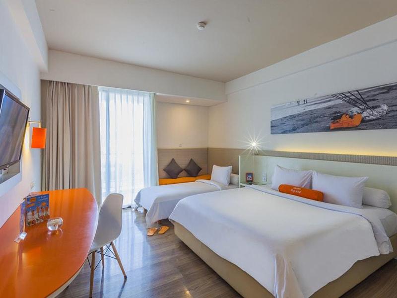 Harris Hotel Seminyak (1)